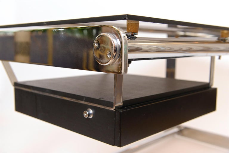 Rare Chrome and Glass Desk by Gilles Bouchez for Airbourne, circa 1965 For Sale 3