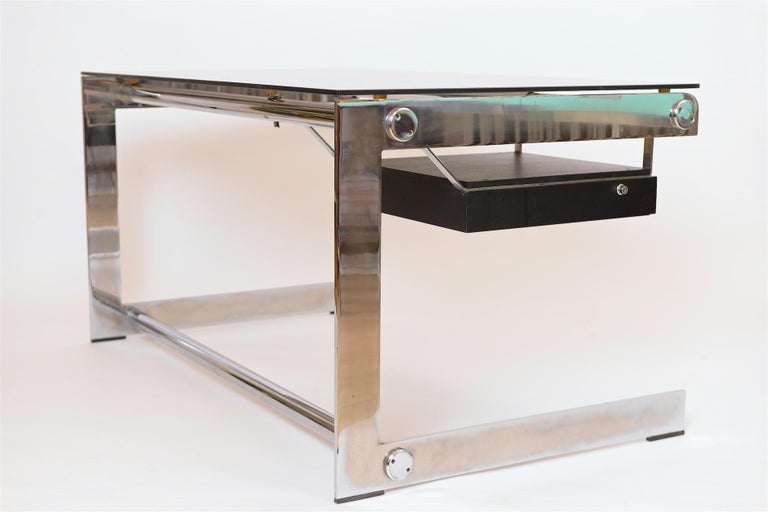 Rare Chrome and Glass Desk by Gilles Bouchez for Airbourne, circa 1965 For Sale 2