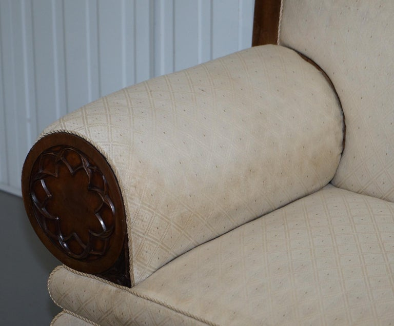 Rare circa 1780 Metamorphic Gothic Style Sofa Converts into Window Seat Chaise In Good Condition For Sale In London, GB