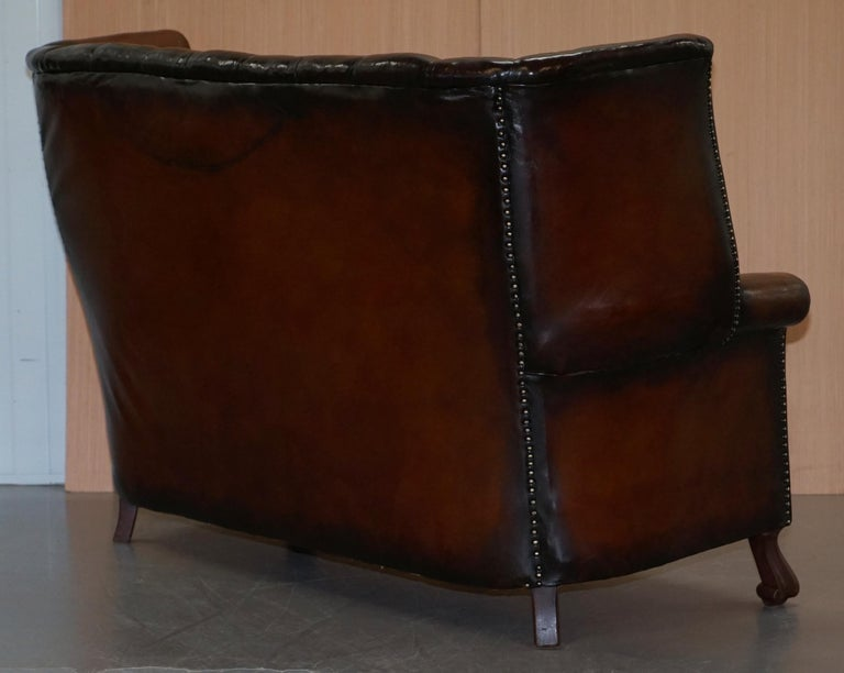 Rare circa 1860 Huge Victorian Brown Leather Barrel Back Suite Sofa Armchair For Sale 4