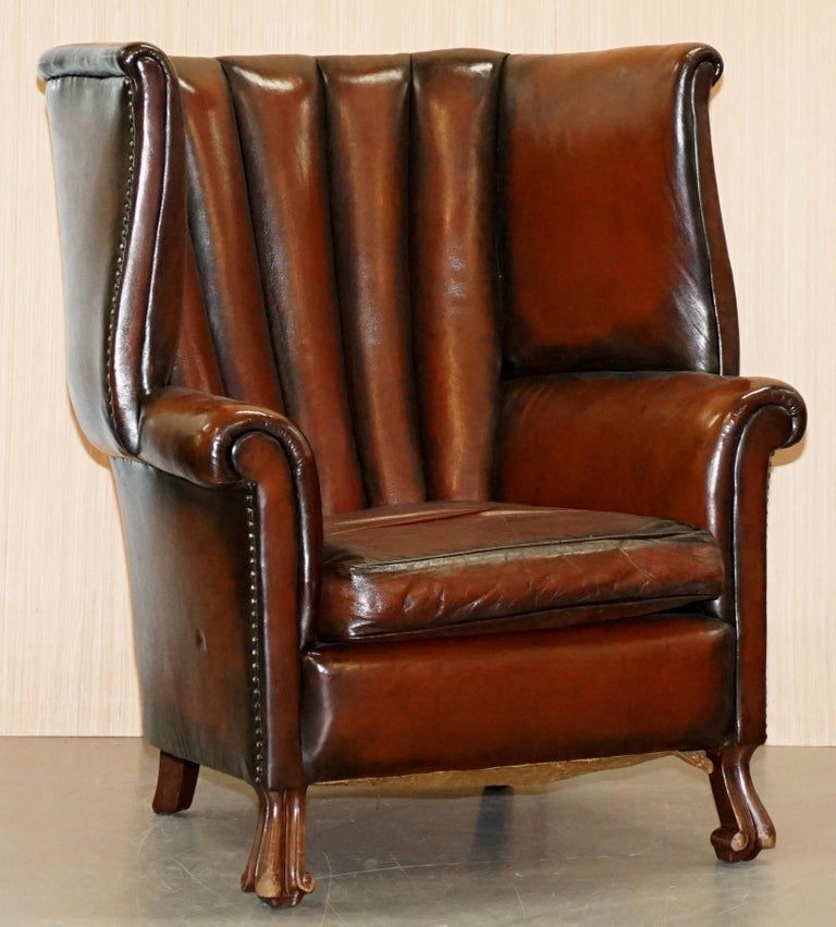 Rare circa 1860 Huge Victorian Brown Leather Barrel Back Suite Sofa Armchair For Sale 7