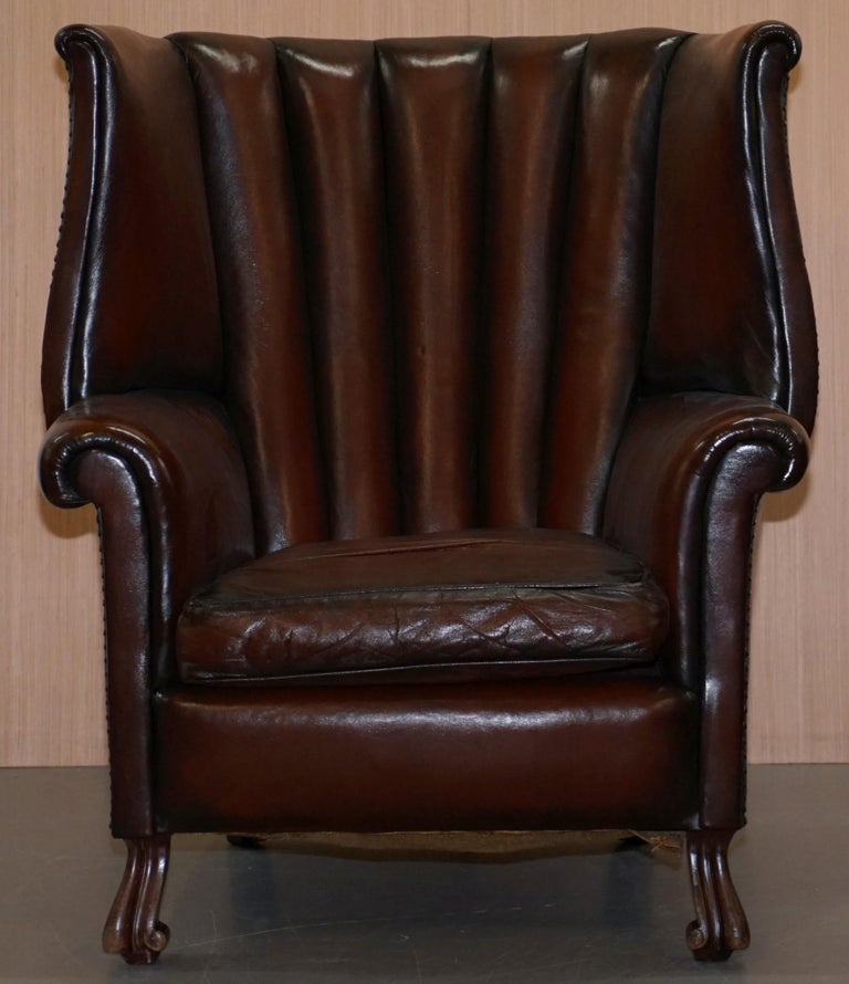Rare circa 1860 Huge Victorian Brown Leather Barrel Back Suite Sofa Armchair For Sale 8