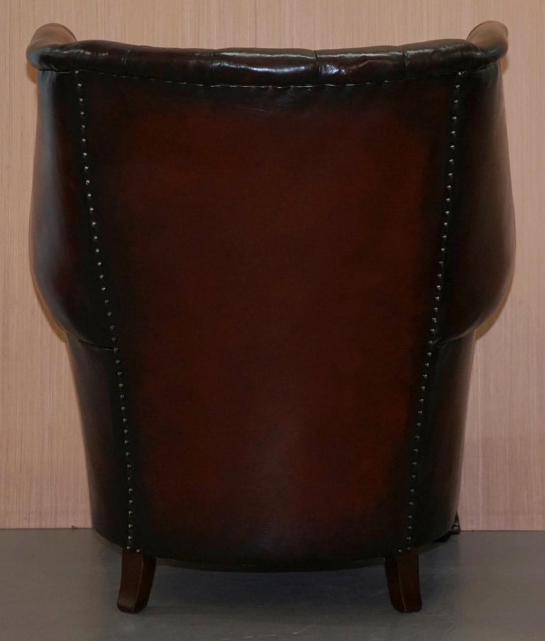 Rare circa 1860 Huge Victorian Brown Leather Barrel Back Suite Sofa Armchair For Sale 14