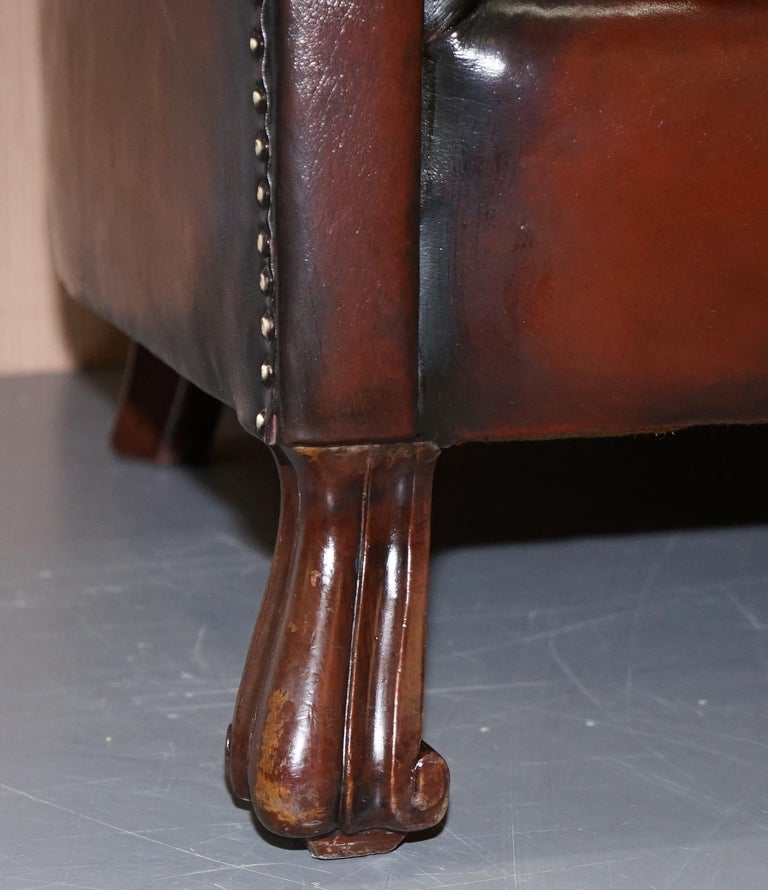 Rare circa 1860 Huge Victorian Brown Leather Barrel Back Suite Sofa Armchair For Sale 3