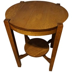 Rare Clean Lined Arts & Crafts Quarter Sawn Oak Round Table with Tier