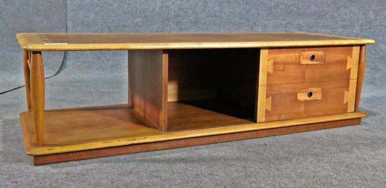 Walnut Rare Coffee Table by Lane For Sale