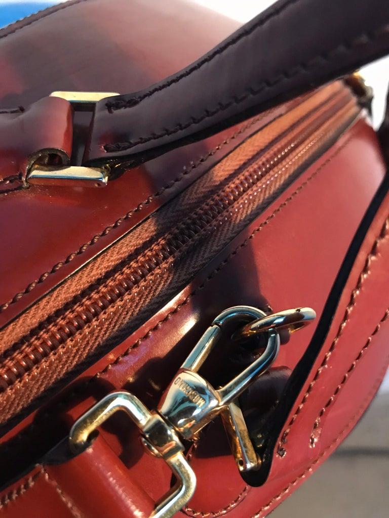 Rare Collectable Vintage Moschino Football Hand Bag For Sale 4