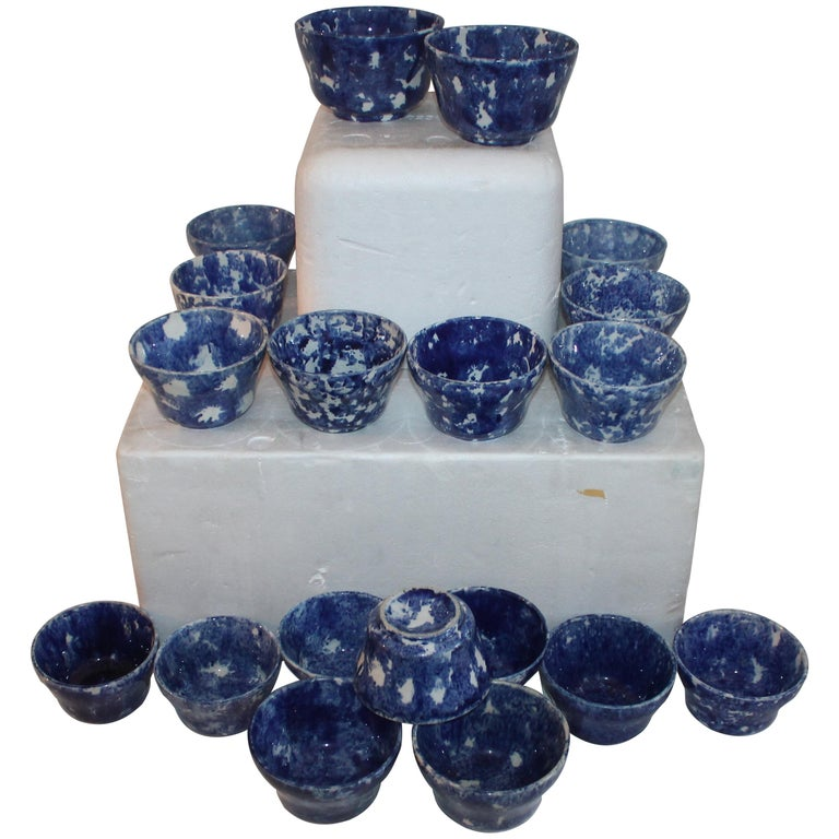 Rare Collection of 20 Sponge Ware Waste Bowls For Sale