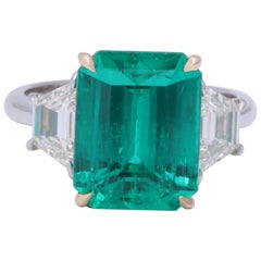 Rare Colombian Emerald and Diamond Ring