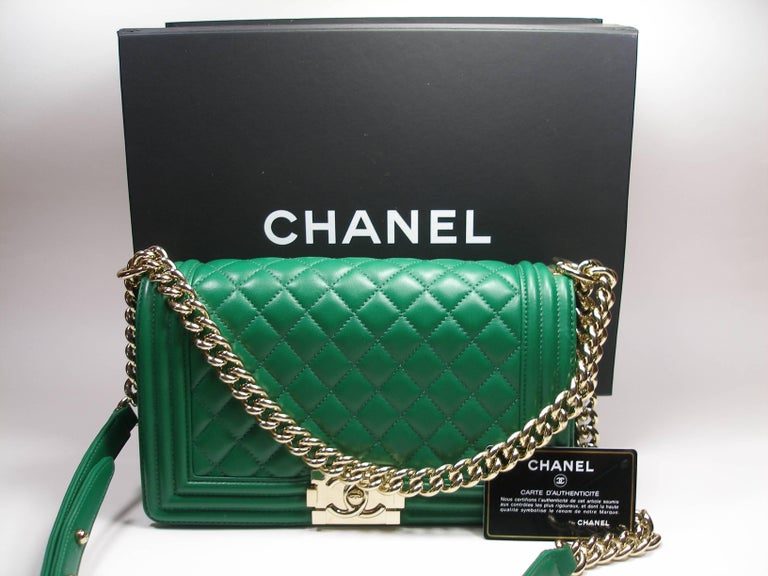 0b2328e15e5a Rare Color Chanel Boy 25 Medium Size Green Lambskin Gold HDW Production  2016 For Sale 10