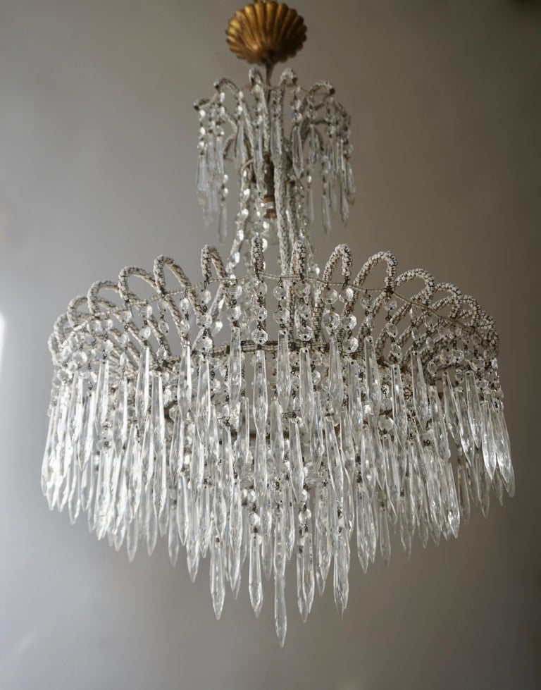 Hollywood Regency Rare Crystal Waterfall Chandelier Covered with Thousands White Murano Glasses For Sale