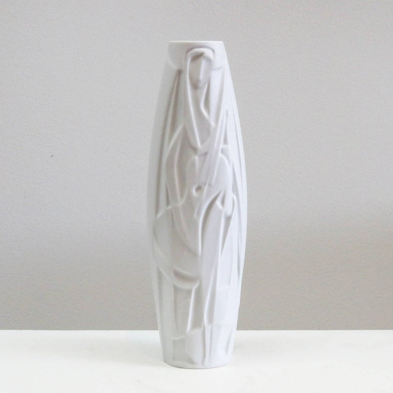 Stunning bisque porcelain Op-Art vase with abstract relief of a female musician, designed by Cuno Fischer for Rosenthal Studioline, marked.