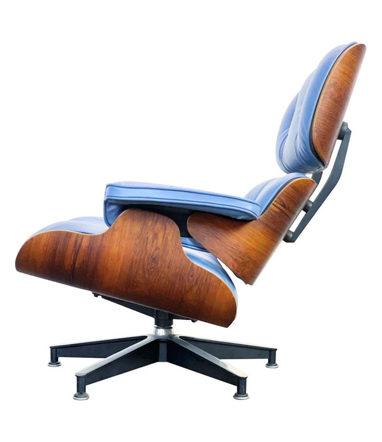 Rare Custom Herman Miller Eames Lounge Chair & Ottoman with Perfect Blue Leather For Sale 6