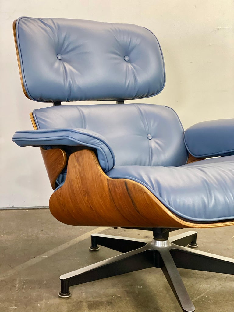 Rare Custom Herman Miller Eames Lounge Chair & Ottoman with Perfect Blue Leather For Sale 9