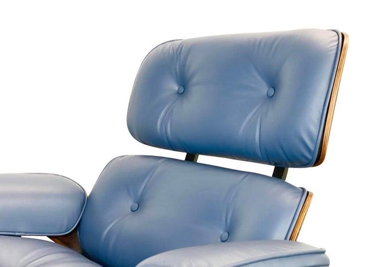 North American Rare Custom Herman Miller Eames Lounge Chair & Ottoman with Perfect Blue Leather For Sale
