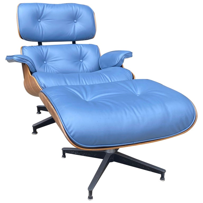 Rare Custom Herman Miller Eames Lounge Chair & Ottoman with Perfect Blue Leather For Sale