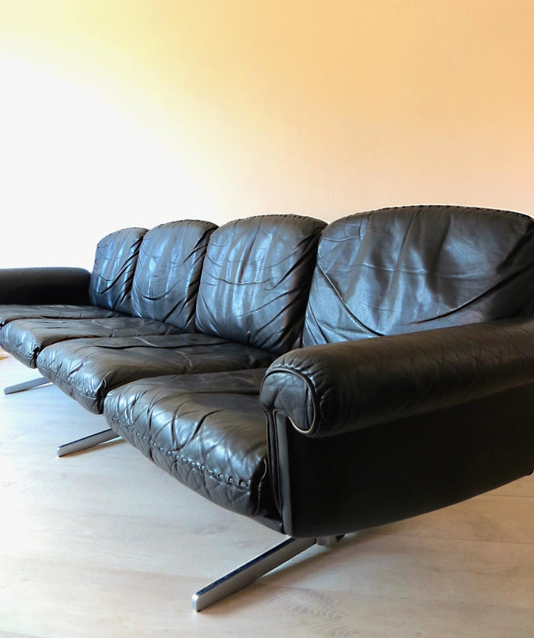 Mid-Century Modern Rare De Sede DS-31 Midcentury Leather Sofa with Four Seats, 1st Version, 1960s For Sale