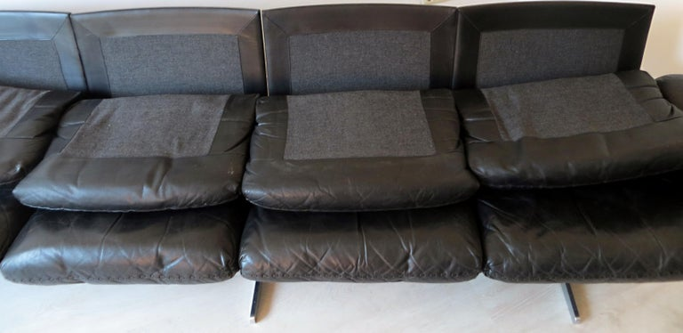 Metal Rare De Sede DS-31 Midcentury Leather Sofa with Four Seats, 1st Version, 1960s For Sale