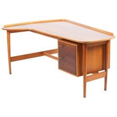 Rare Desk by Arne Vodder in Rosewood