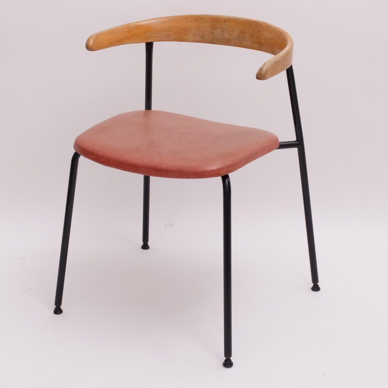 Wonderful original c20 chair by Terence Conran and Conran Design Group c.1960 - fabulous patina throughout constructed from a tubular steel frame with original self-levelling feet and black finish with the cow-horn style solid beech steam bent