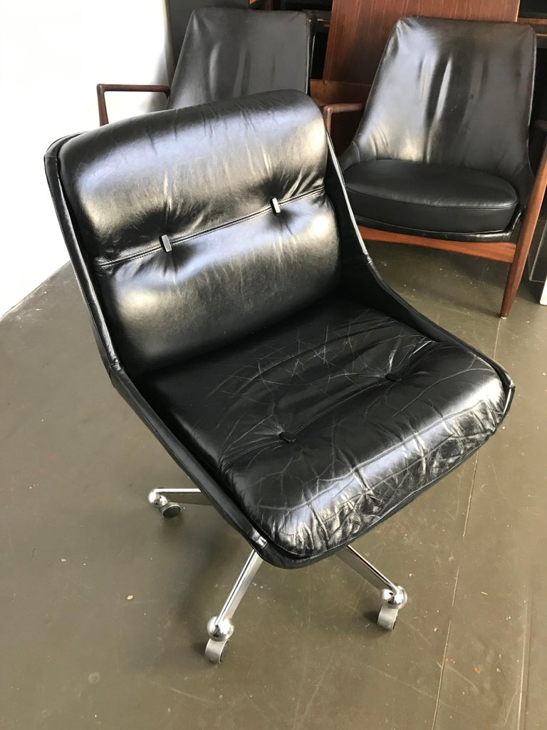 Mid Century Modern Desk Chair in Leather by Jean Gillon  In Fair Condition For Sale In Framingham, MA