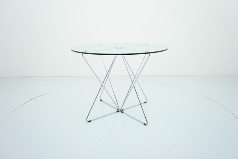 Rare Dining Table By Till Behrens for Schlubach Germany 1983 In Good Condition For Sale In Frankfurt / Dreieich, DE
