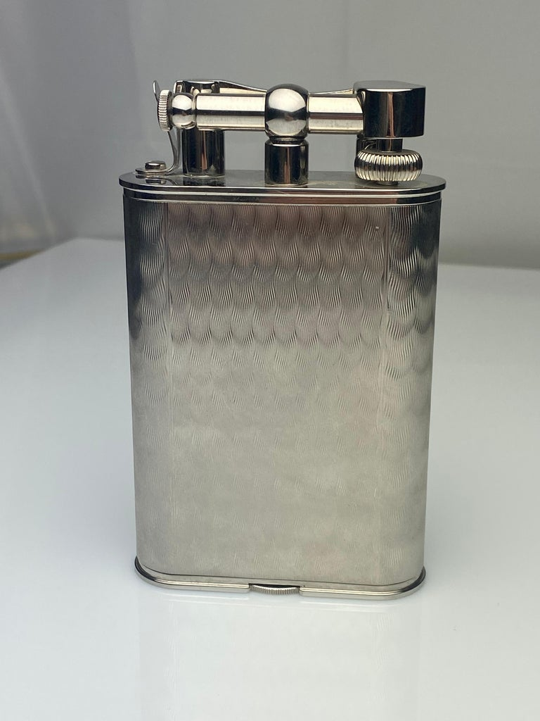 Rare Dunhill Charleston Lighter with Clock In Excellent Condition For Sale In New York, NY