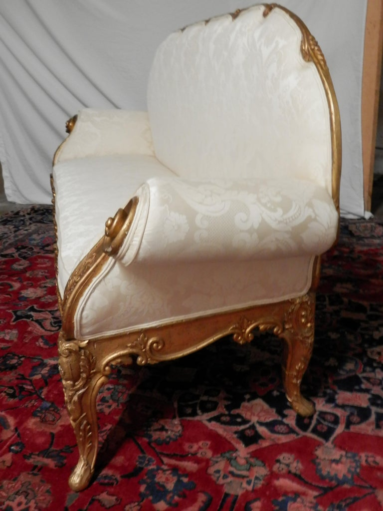 Rare Early 19th Century Italian Louis XV Gilt Carved Sofa For Sale 2