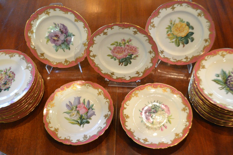 Hand-Painted Rare Early 19th Century Paris Botanical Pink Porcelain Service for 24 For Sale