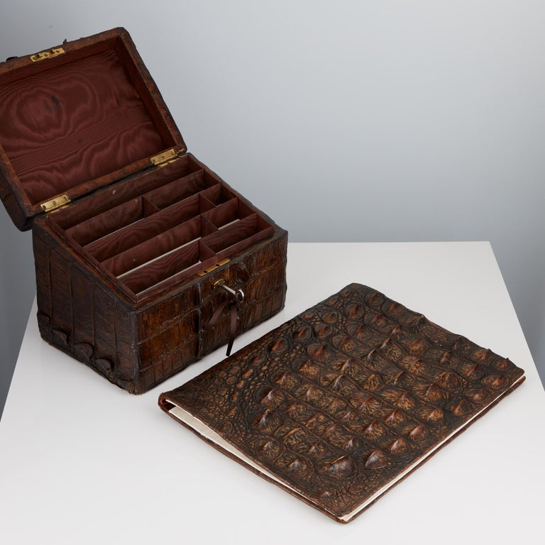 Early 20th Century Crocodile Desk Set by Thornhill & Co London Circa 1910 In Good Condition For Sale In London, GB