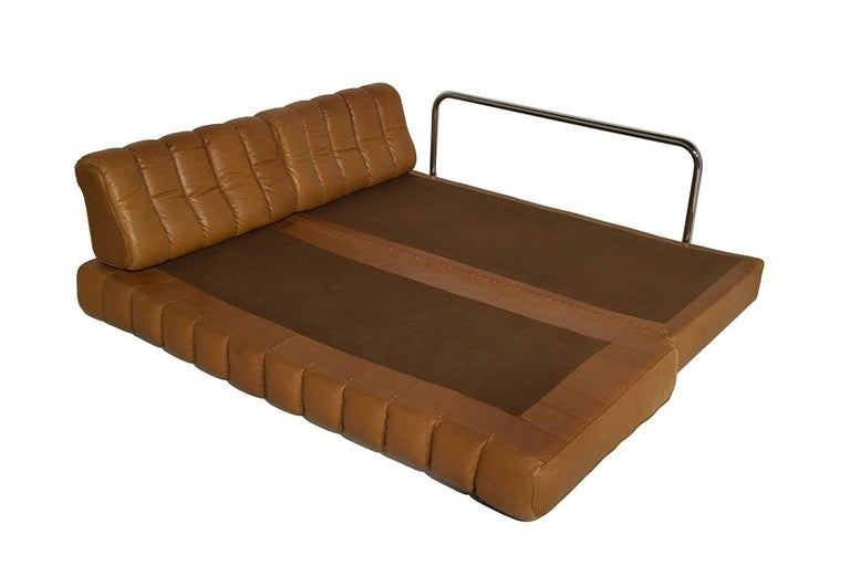 Swiss Rare Early Edition De Sede DS 85 Cognac Leather Sofa or Daybed, 1970s For Sale