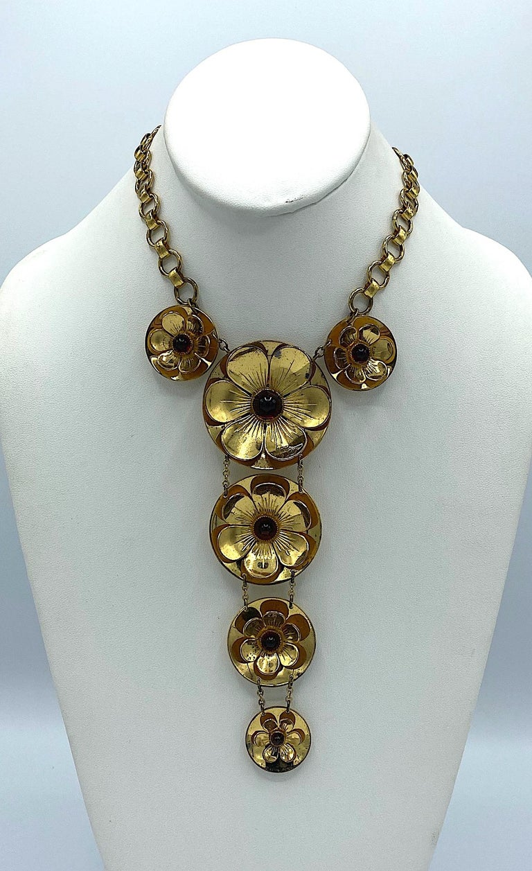 Rare Early Monet Jewelers 1930s Flower Pendant Necklace In Good Condition For Sale In New York, NY