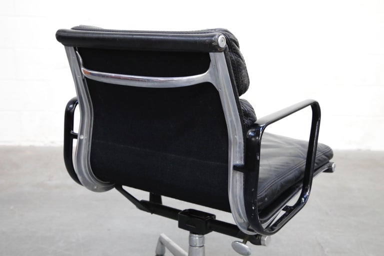 Rare Early Production Eames Soft Pad Chair by Herman Miller, Signed & Dated 1976 For Sale 12