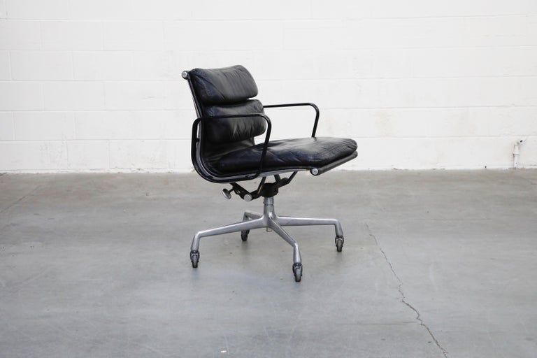 American Rare Early Production Eames Soft Pad Chair by Herman Miller, Signed & Dated 1976 For Sale