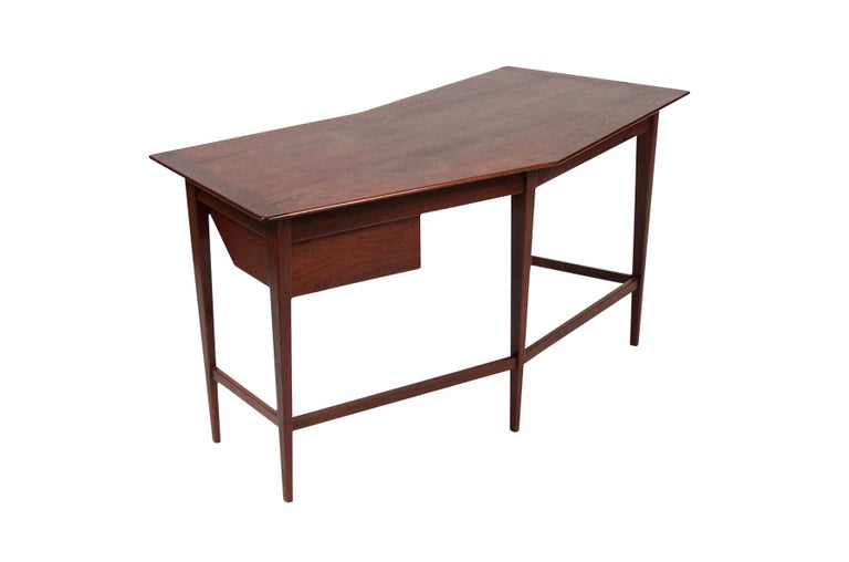 Rare Edward Wormley for Dunbar Desk In Good Condition For Sale In Pawtucket, RI