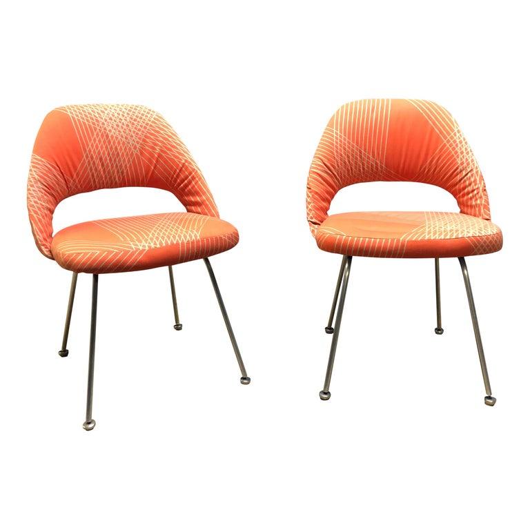 American Rare Eero Saarinen for Knoll Chairs on Aluminum Legs