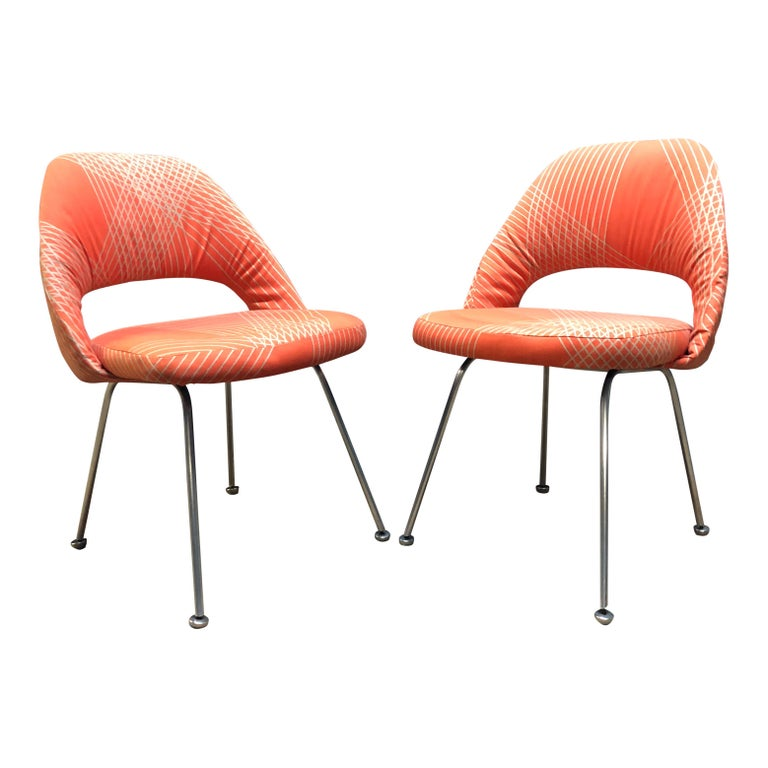 Rare Eero Saarinen for Knoll Chairs on Aluminum Legs