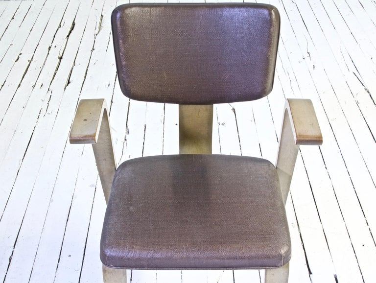 Upholstery Rare Eero Saarinen 'Grasshopper' Armchair in Laminated Birch, 1946 For Sale