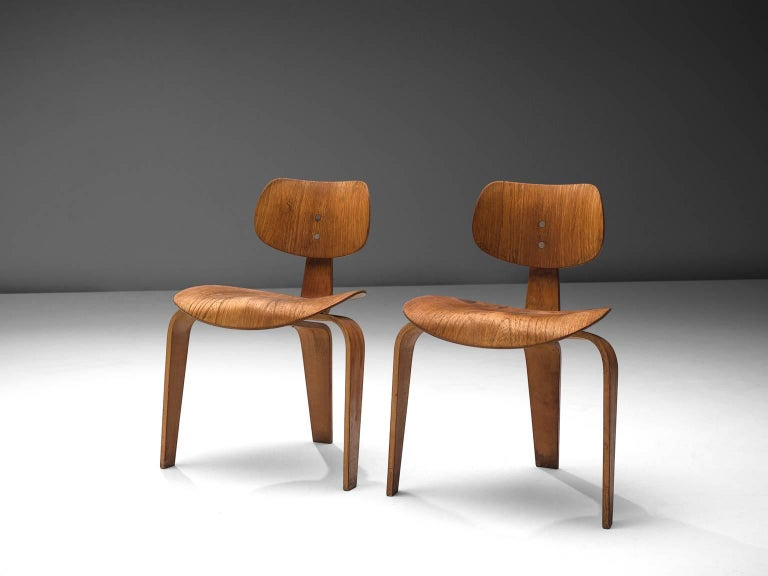 Mid-Century Modern Rare Egon Eiermann Pair of SE42 Plywood Chairs For Sale