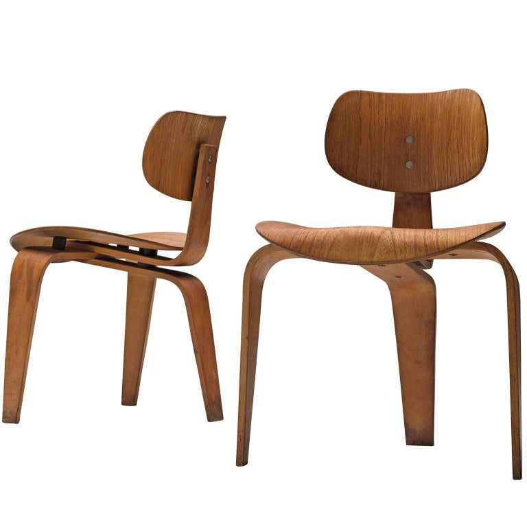 Rare Egon Eiermann Pair of SE42 Plywood Chairs For Sale