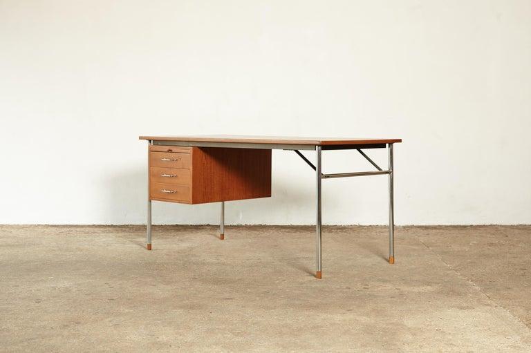 Mid-Century Modern Rare Ejner Larsen and Aksel Bender Madsen Desk, Denmark, 1960s For Sale