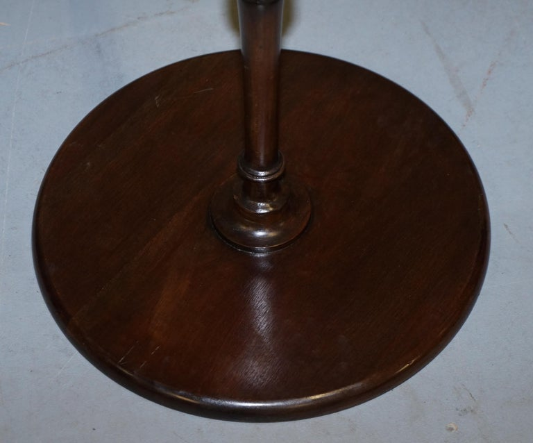 Rare Elegantly Carved Scottish Antique Mahogany Tripod Lamp Side End Wine Table For Sale 8