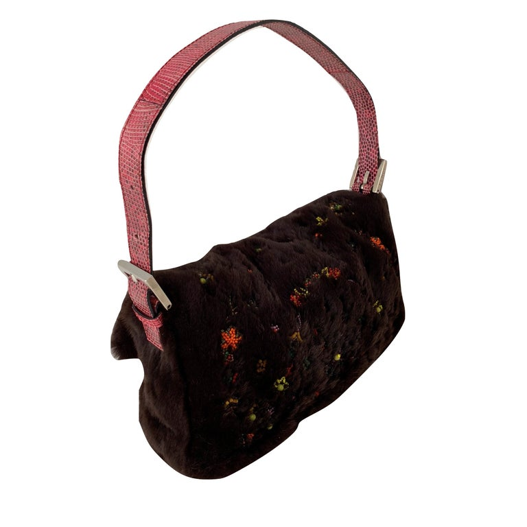 9123a4613d58 Rare Vintage Fendi Fur Beaded Lizard Chocolate Baguette Bag In Good  Condition For Sale In Leesburg