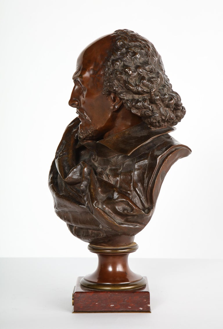 Rare French Bronze Bust of William Shakespeare by Carrier Belleuse and Pinedo For Sale 7