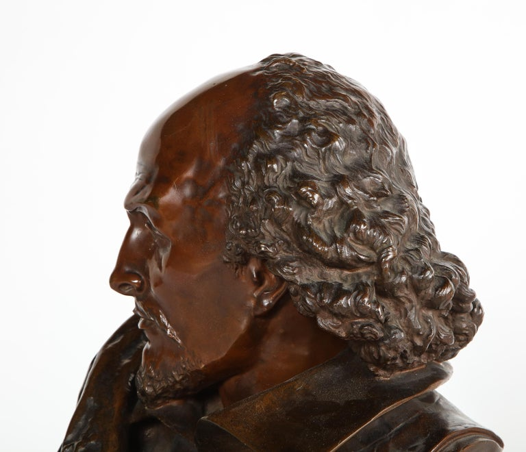 Rare French Bronze Bust of William Shakespeare by Carrier Belleuse and Pinedo For Sale 8