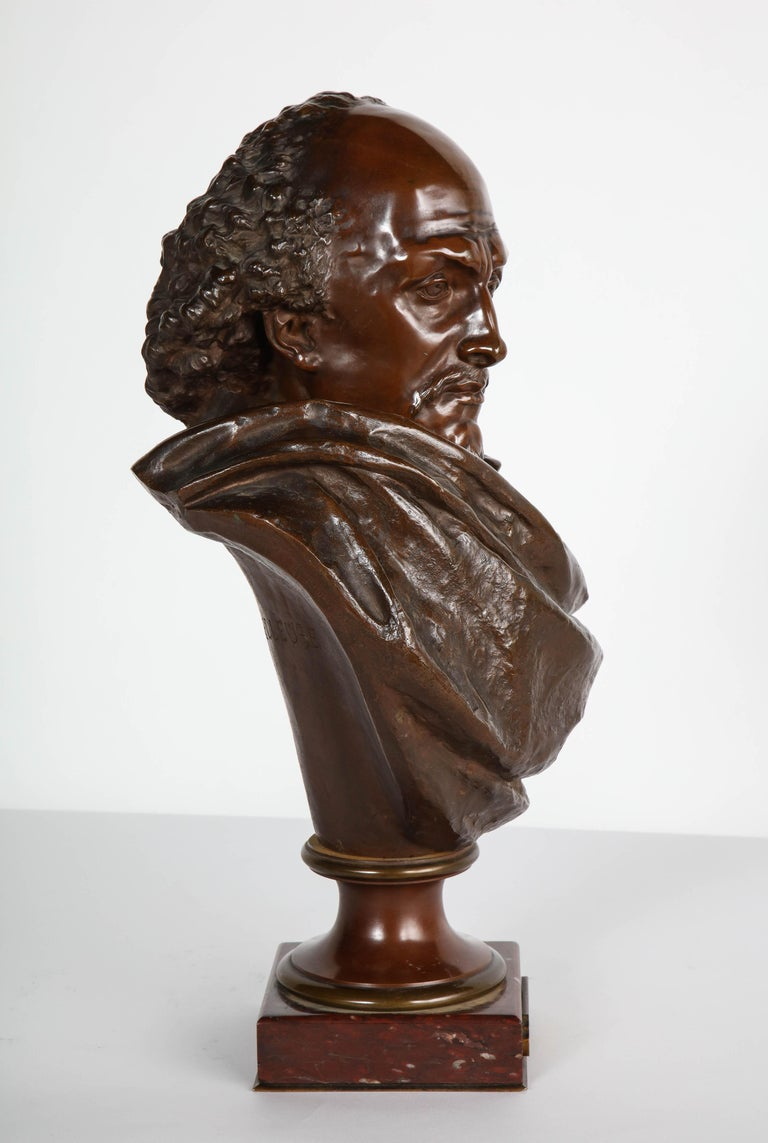 Rare French Bronze Bust of William Shakespeare by Carrier Belleuse and Pinedo In Good Condition For Sale In New York, NY