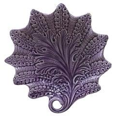 Rare French Majolica Purple Dish Leaf Onnaing, circa 1890