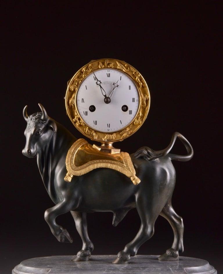 Rare French Patinated Gilt Bronze Directoire/Louis XVI Bull Clock, Gaston Jolly In Good Condition In Ulestraten, Limburg