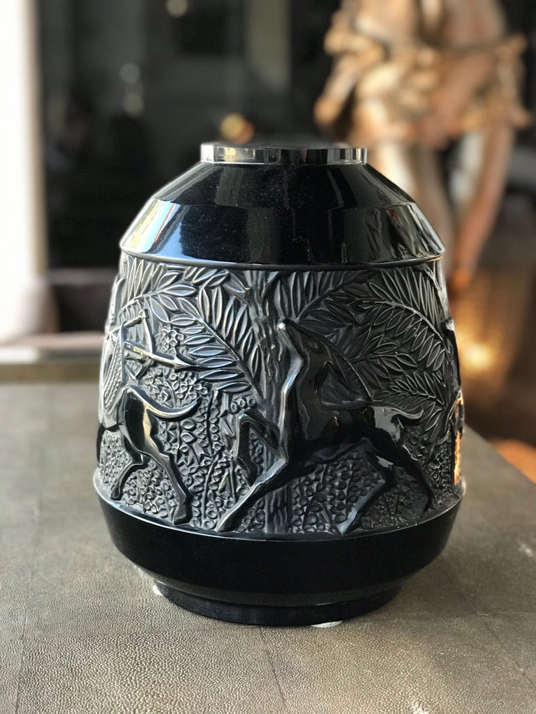 Rare French Verlys Black Glass Art Deco Vase In Good Condition For Sale In Miami, FL