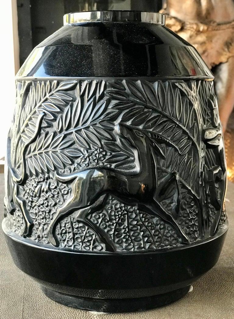 Rare French Verlys Black Glass Art Deco Vase For Sale 4